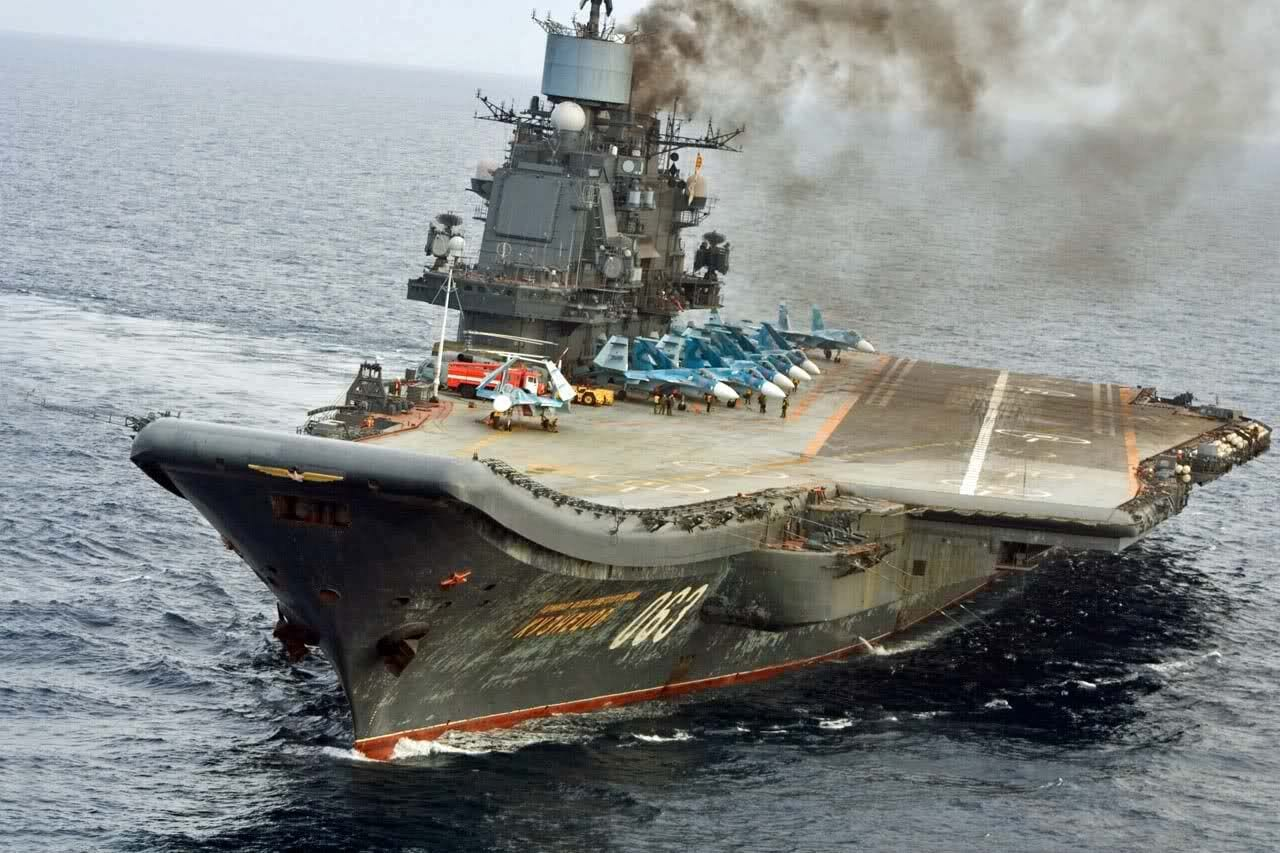 Russian-Navy-Aircraft-Carrier-two-bigges