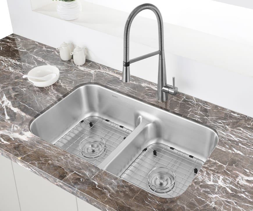 Best Kitchen Sink Faucets: Our Picks For The Best Kitchen Sinks For 2019
