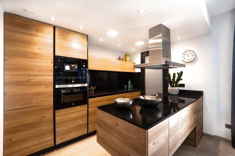 American Made Kitchen Cabinets: The Benefits of Choosing ...
